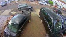 Londra'yı şiddetli fırtına vurdu