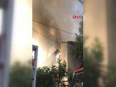 Beykoz'da 3 katlı binanın çatısında yangın