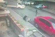 Güngören'de kafa attığı kişiyi silahla kovaladı
