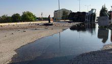 Konya'da motorin dolu tanker devrildi 27 ton motorin yola döküldü
