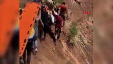 Bingöl'de hastalanan adam ambulans helikopterine eşek sırtında taşındı