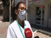 İzmir'deki doktor, israfa karşı yoldan çevirdiklerine aşı yapıyor