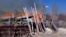 Kars'ta yangın: 4 ev, 5 ahır, 1 traktör kül oldu