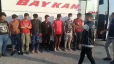 Osmaniye'de 12 kaçak göçmen yolcu otobüsünün bagajında yakalandı
