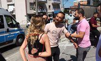 Bursa'da kadına bıçaklı şiddeti DHA muhabiri önledi