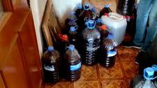 Bursa'da pet şişe ve bidonlarda 1 ton sahte içki ele geçirildi