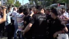 Adıyaman'da tütüncüler ve polis arasında arbede
