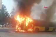 Diyarbakır'da otobüs şoförü, yangını fark edip 45 yolcuyu indirdi