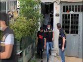 İstanbul'da kadın ve çocukları zorla dilendiren şebekenin lideri tutuklandı