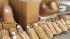 İzmir'de 1 tona yakın kaçak tütün ele geçirildi