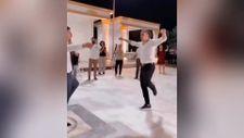 Taylan Antalyalı'nın zeybek performansı