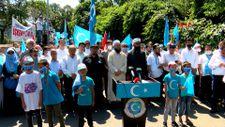 Çin Başkonsolosluğu önünde Doğu Türkistan için protesto