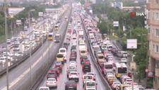İstanbul'da trafik, durma noktasına geldi