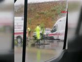 Kocaeli'de kazaya müdahale eden ambulanslara otomobil çarptı
