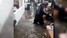 Meksika'da şiddetli yağış: Sokaklar ve caddeler sular altında