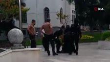 Bursa'da Atatürk heykeline çekiçli saldırı