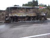 Çanakkale'de motoru tutuşan yolcu otobüsü kül oldu, alevler ormana sıçradı