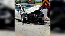 Denizli'de otomobille traktör çarpıştı: 6 yaralı
