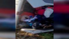 Aksaray'da lastiği patlayan minibüs devrildi