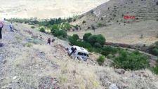 Malatya'da yolcu minibüsü devrildi: 15 yaralı