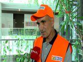 Zeytinburnu'nda temizlik işçisi bulduğu parayı Iraklı sahibine teslim etti