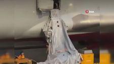 Rusya'da nefessiz kalan yolcular uçağın acil çıkış kapısını açtı