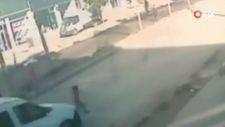 Bitlis'te yola atlayan çocuğu araba çarptı