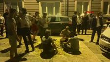 Bursa'da damadın üzerine yumurta kırdılar, saman döktüler