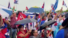 Miami'de Küba hükümetine karşı protesto gösterisi