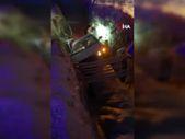 Denizli'de dalgın sürücü, kanalizasyona düştü