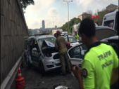 Sarıyer'de polis aracıyla otomobil çarpıştı