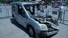 Üsküdar'da darbe gecesi ezilen araç sergileniyor