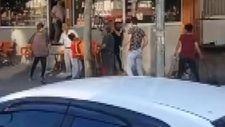 Bursa'da küçük çocukların sopalı sandalyeli sokak kavgası
