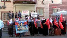 Gara şehidinin annesi, Diyarbakır annelerini ziyaret etti