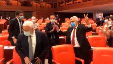 HDP'li vekiller Ömer Faruk Gergerlioğlu'nu zılgıtla karşıladı