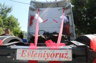 Zonguldak'ta tırı süsleyip gelin arabası yaptılar
