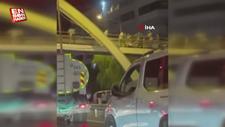 İzmir'de bıçaklı omuz atma kavgası