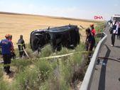 Aksaray'da takla atan otomobil hurdaya döndü
