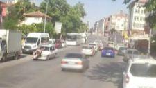 Ankara'da aniden yola çıkan kadına otomobil çarptı