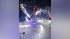 Düğündeki semazen, parti volkanıyla gösteri yaptı