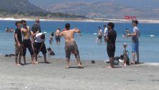 Salda Gölü'nde yasaklar unutuldu: Nargile içip, çamur banyosu yaptılar