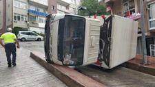Samsun'da kamyonet devrildi