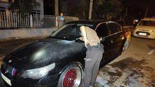 Denizli'de park halindeki araç kundaklandı