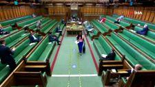 İngiltere'de Başbakan Johnson'a yalancı diyen milletvekili, oturumdan çıkarıldı