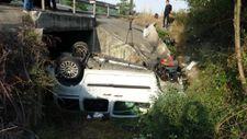 Samsun'da otomobil su kanalına uçtu