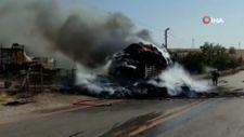 Ankara'da saman yüklü kamyonda yangın