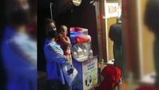 Bursa'da dondurmacıda unutulan minik bebek