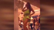 Eda Taşpınar, masaya çıkıp dans etti