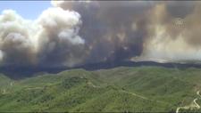 Manavgat'taki yangının boyutu helikopterden görüntülendi
