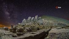 Nemrut Dağı, Samanyolu ile birlikte görüntülendi